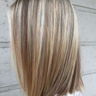 Kapsels blond met lowlights