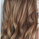 Caramel haarkleur met highlights